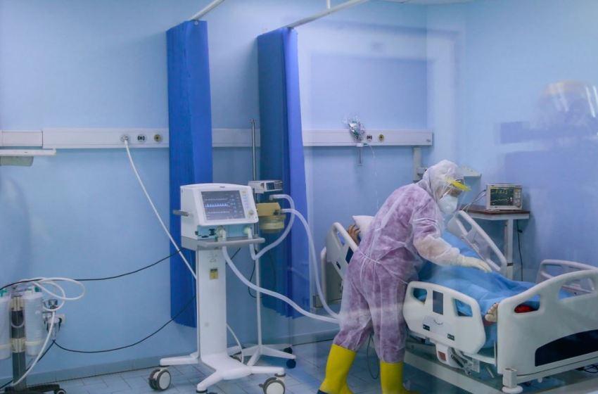 Një i vdekur dhe 15 raste të reja me COVID-19 në Kosovë