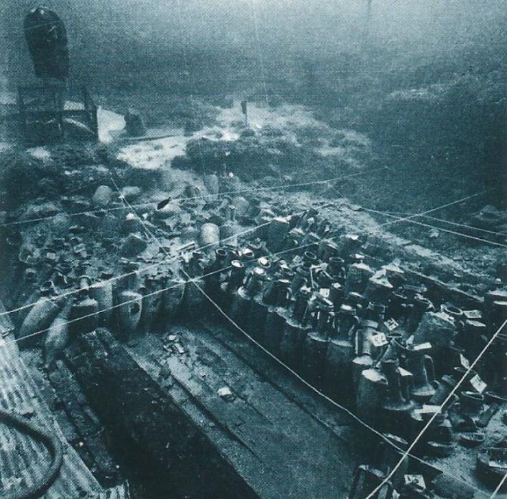 水中考古学 古代 ローマ 沈没船 1