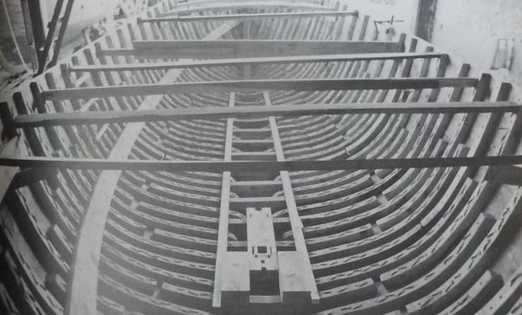 水中考古学 キレニア 24