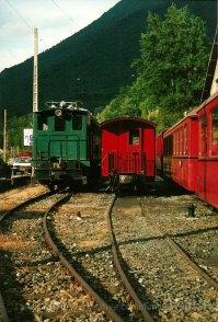 F - chemin de fer de la Mure, T10 et voiture ex-NStCM