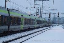 Le RE Luzern - Bern est composé ce soir d'une NINA à 3 éléments et d'un Lötschberger