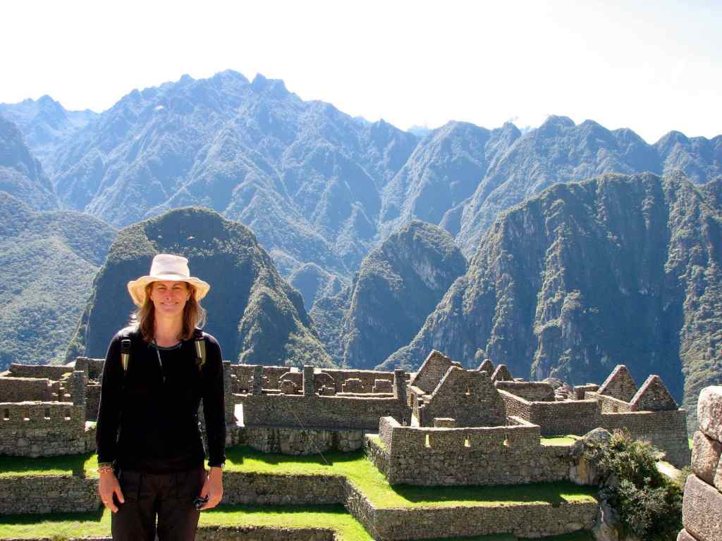 Best travel gear - wearing my favourite hat at Machu Picchu