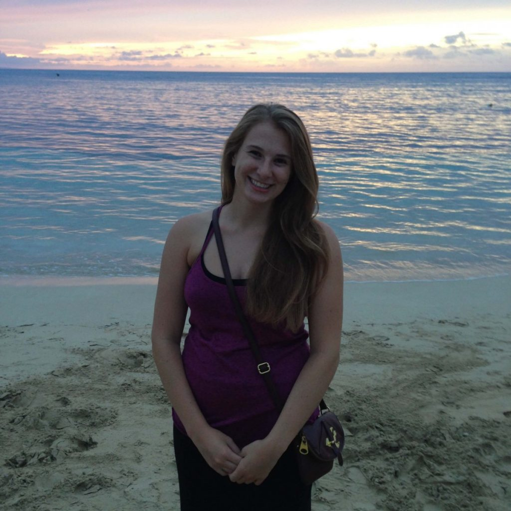 Suitcase Six anna-in-hawaii-on-beach-1024x1024 Woman of the Week: Anna