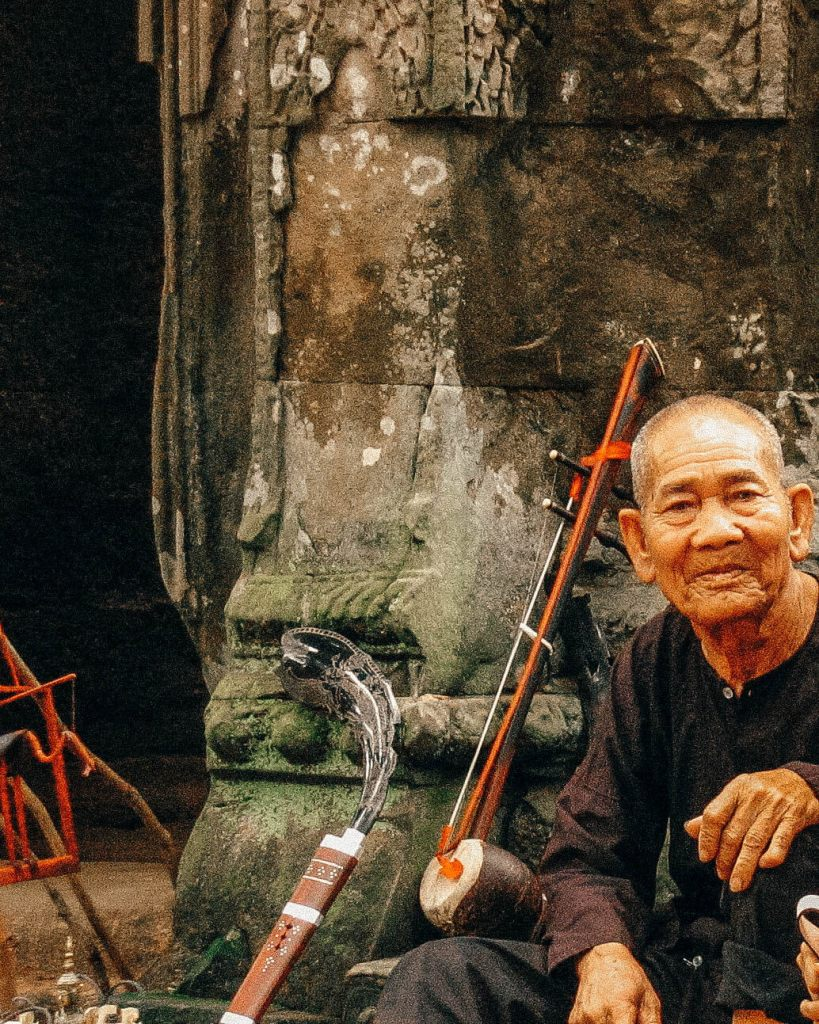 Suitcase Six Angkor-Wat Woman of the Week: Vanessa