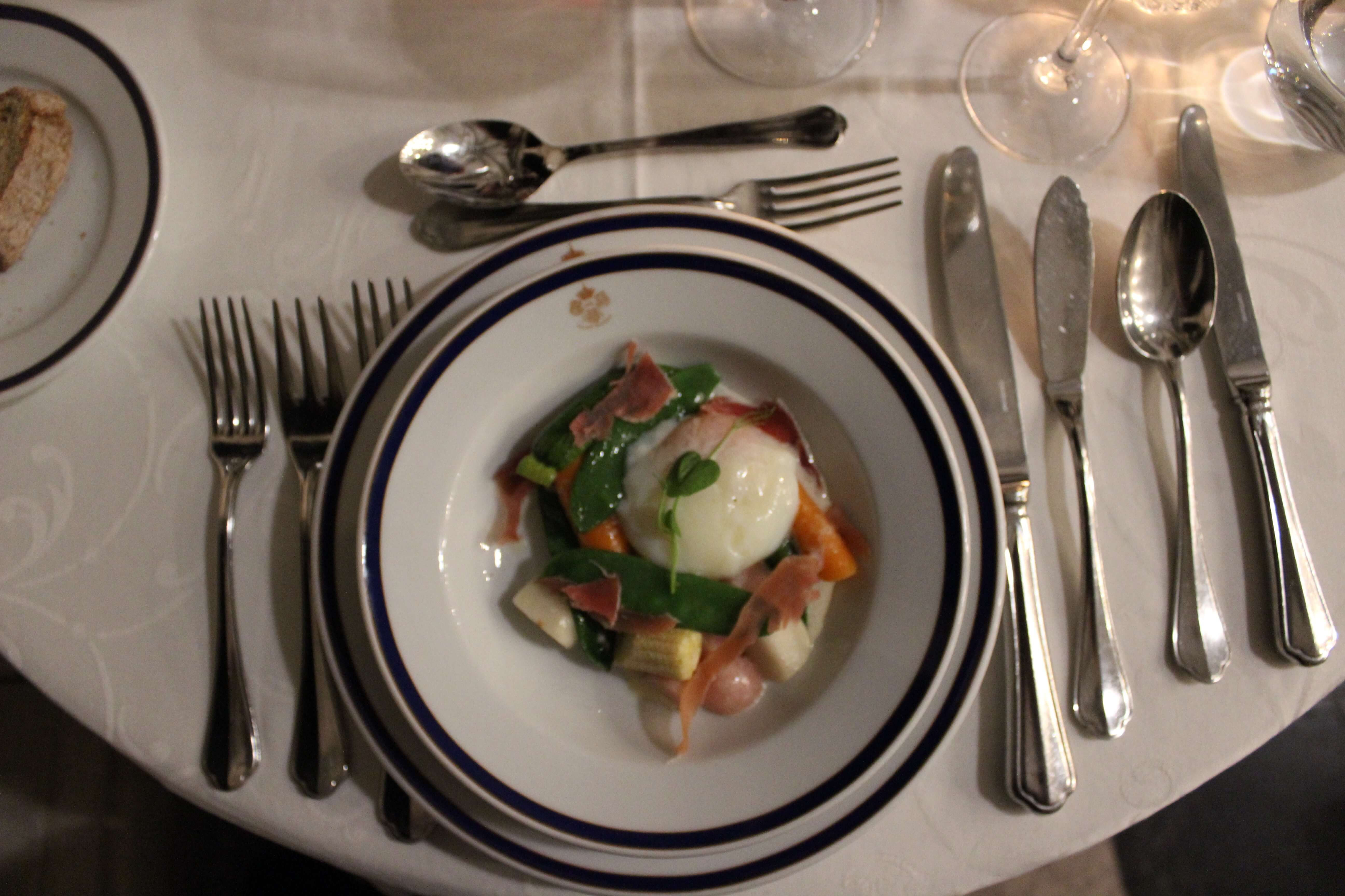 poached egg and veggies
