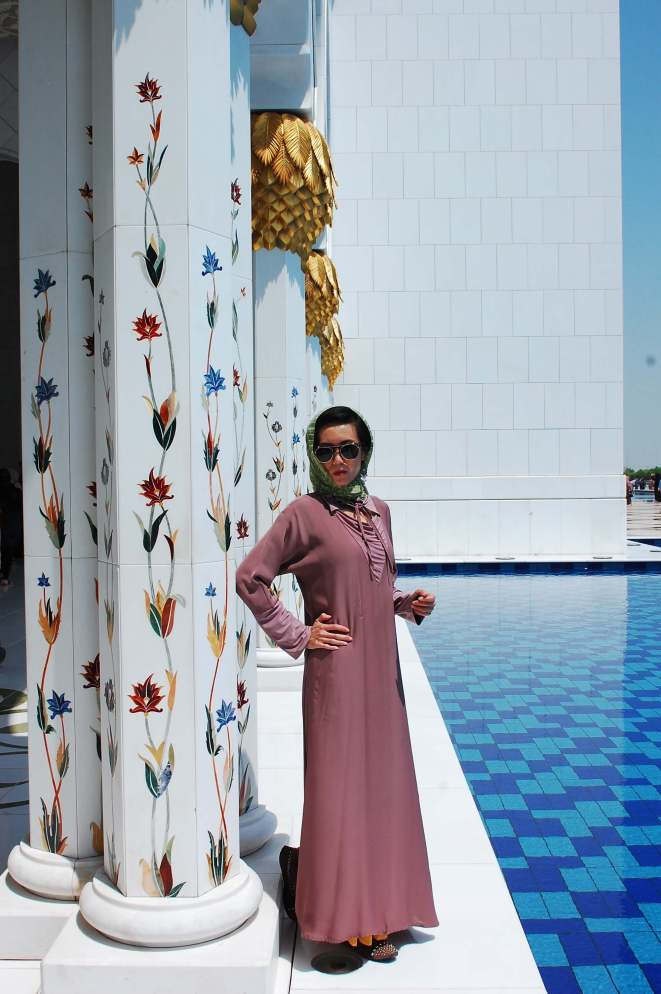Christine in Abu Dhabi - Suitcase Six WOW Interview