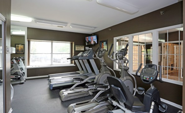 deer-run-apartments-milwaukee-wi-fitness-center (1)