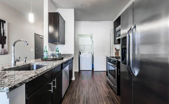 103Kitchen-290575