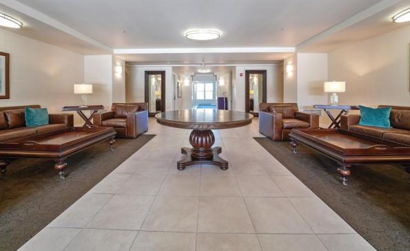 renew lobby