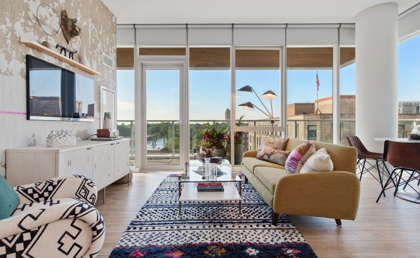 Living Rooms with a view