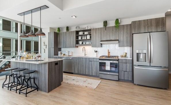 Luxury kitchens+ appliances