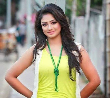 Here are some photos of Bangladeshi Model Actress Achol: