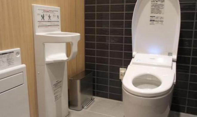 Kecanggihan Toilet Jepang Sering Bikin Turis Kebingungan