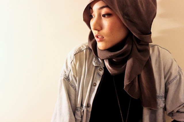 Kisah Hana Tajima, Mualaf Cantik Blasteran Jepang Inggris