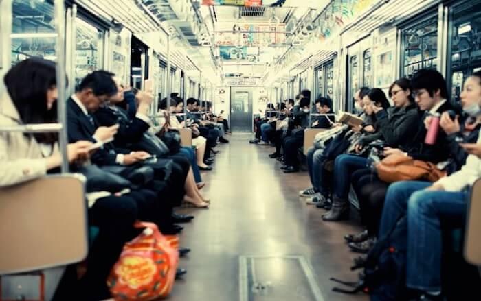 Mengapa Orang Jepang Tidak Mau Memberikan Tempat Duduk kepada Orang Tua?