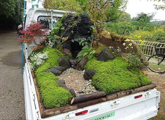 Di Jepang Ada Lomba Bikin Taman di Bak Mobil Pickup