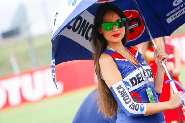 Gambar Gadis Litar Motor GP Argentina 2016 17