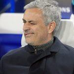 Video : Jose Mourinho Masuk Ke Dalam Padang Dan Halang Pemain Lawan