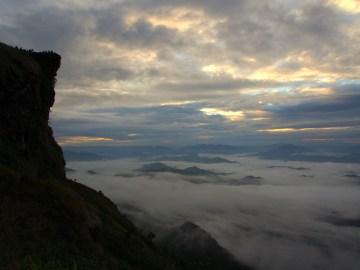 Sea of Mist at Phu Chi Fa
