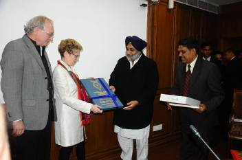 Canadian IT firm Kitchener to invest $100 million in Mohali - Sukhbir Singh Badal (3)