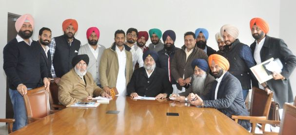 Interaction with the Leaders of YAD and SOI - Sukhbir Singh Badal (2)