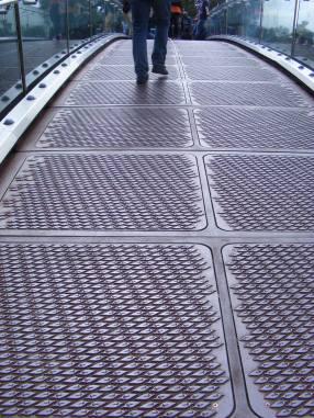 Bridge grids