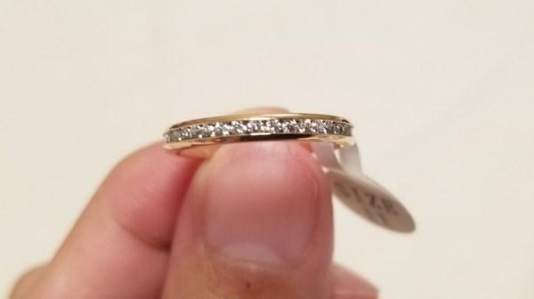 金属アレルギー対応の指輪ステンレスリングはつけっぱなしOKで超可愛い!写真付きレビュー