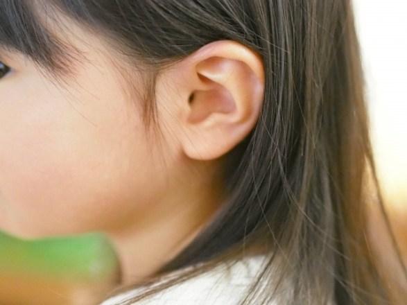 耳がカサカサ、ガサガサ音がする原因は?パキパキ、ピキピキ、ミシミシの変な音の正体とは?