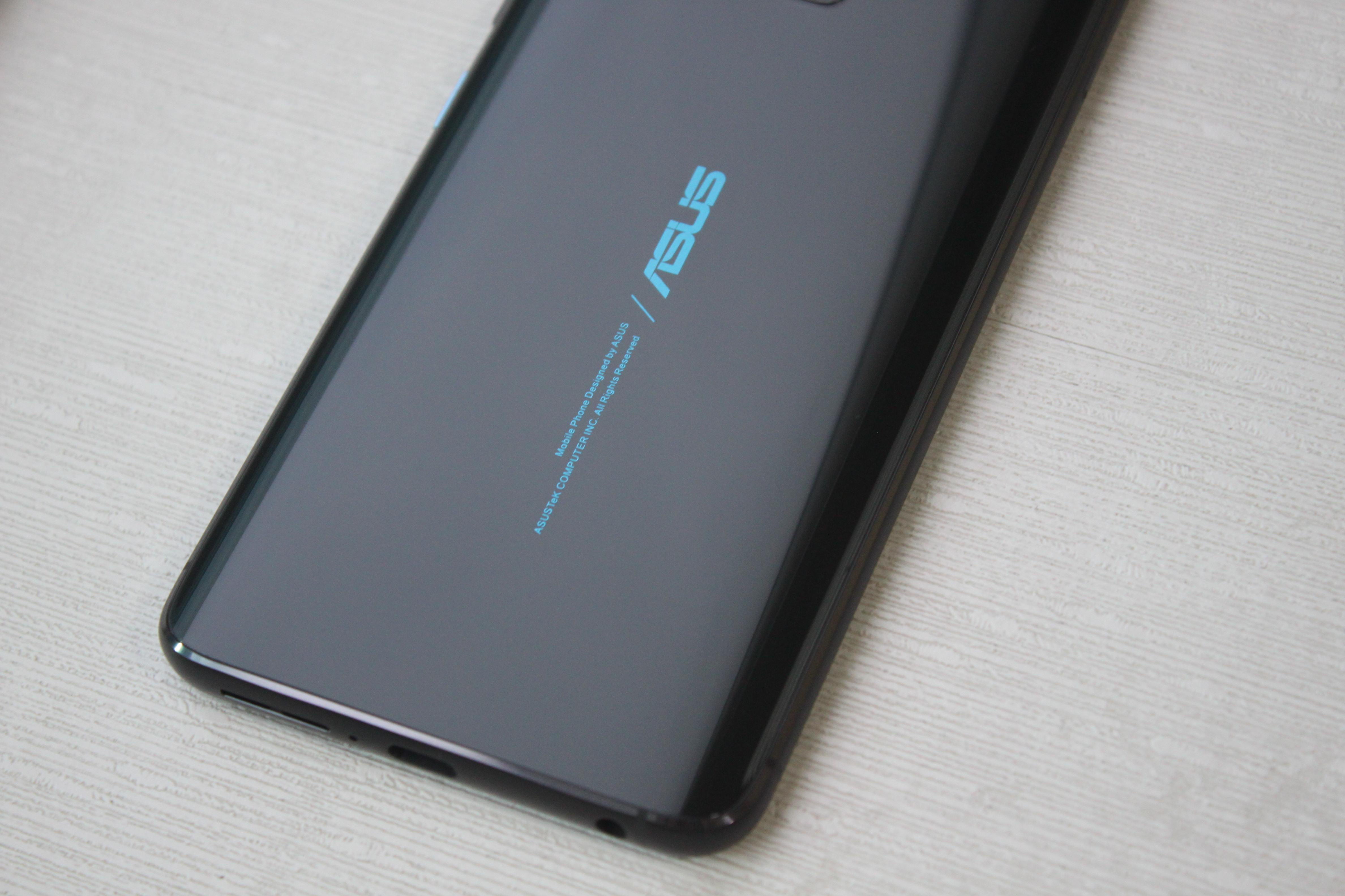 Zenfone 6 背蓋設計