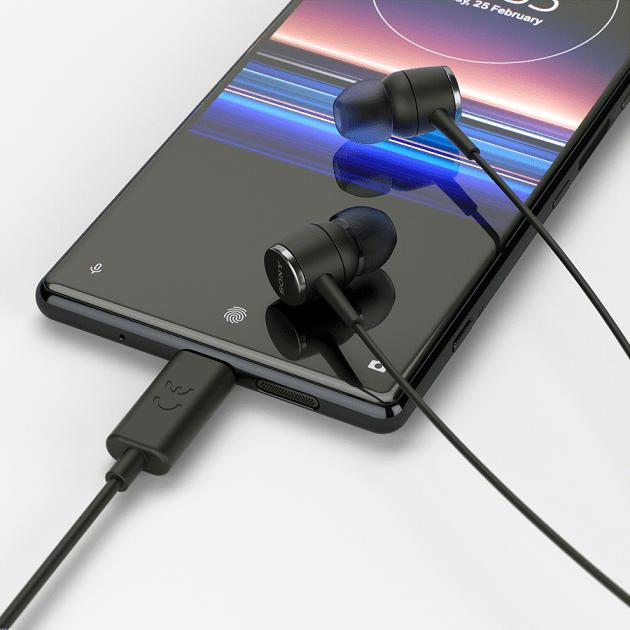 12月1日起至12月31日止,全台全通路購買Xperia 1或Xperia 5,即贈送STH50C立體聲耳機或UCH32C快速充電器 (...