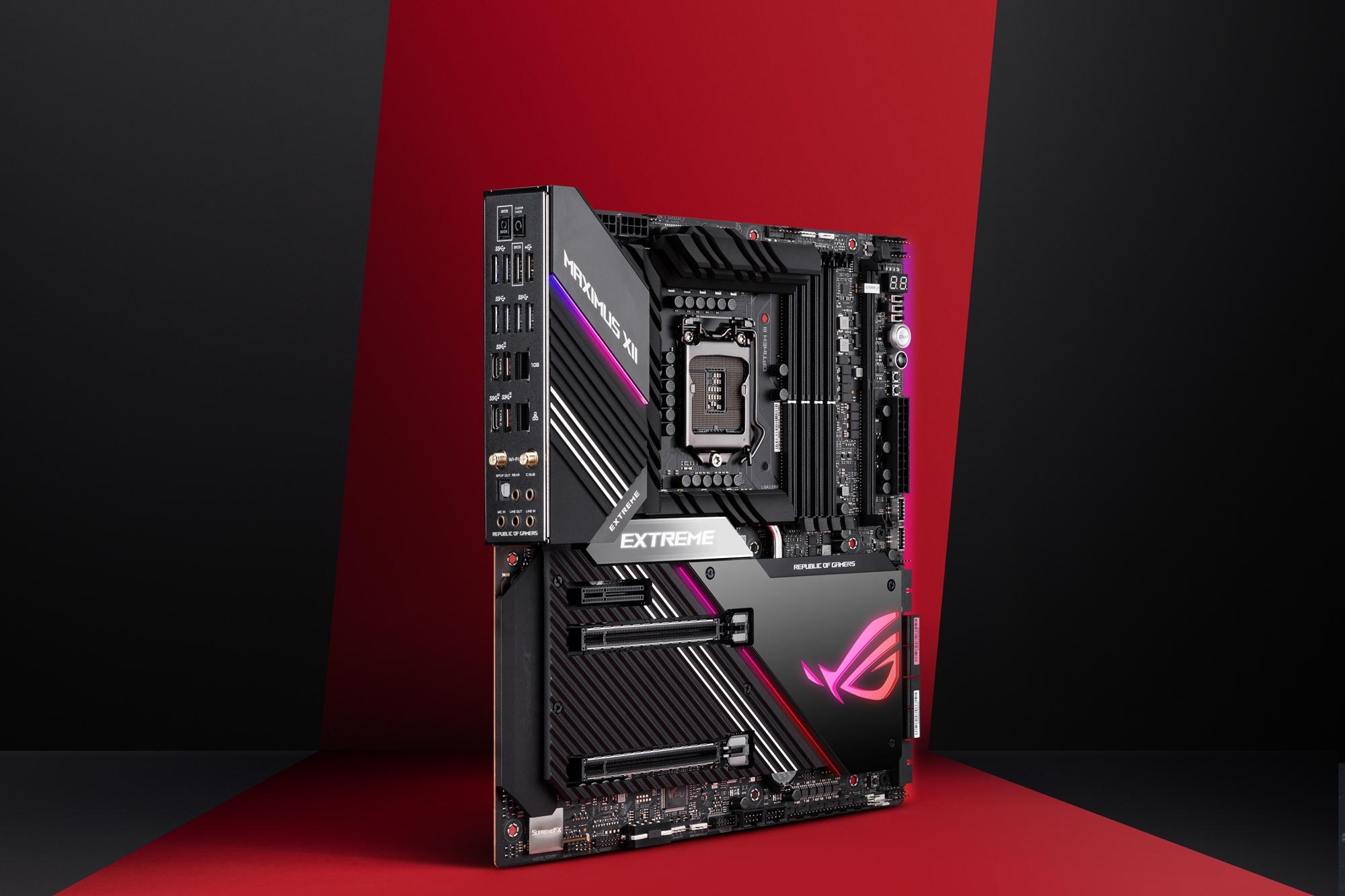 ROG Maximus XII Extreme主機板結合硬體和軟體,以實現最佳化的超頻、高速記憶體支援以及全面的水冷和風冷控制,可提供出色的效能以及高效、可靠的運作。