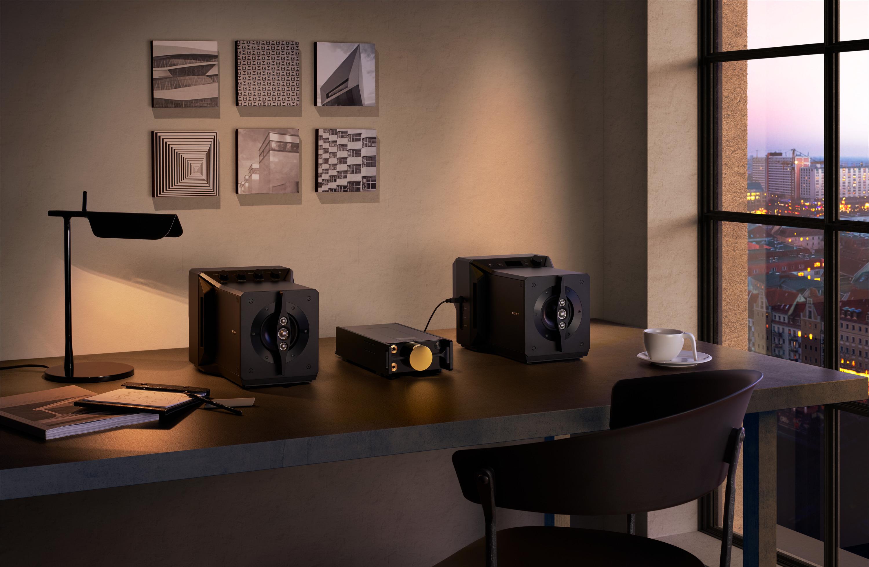 1)SA-Z1近場驅動揚聲器將音樂鑑賞推向更高層級的新領域