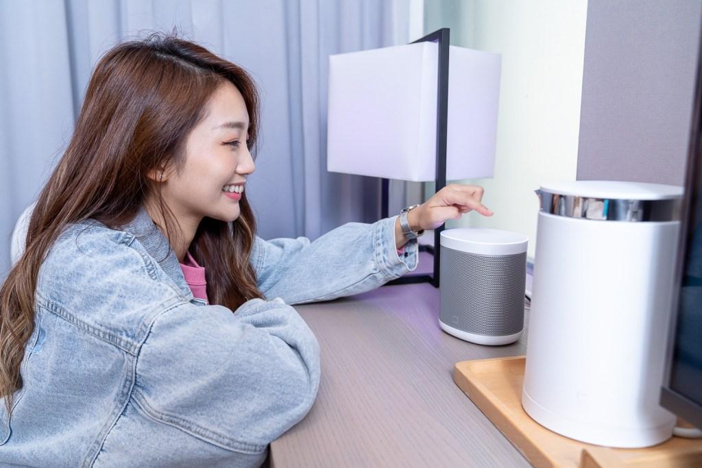 「小米智慧主題房」從房門玄關、客廳、書桌、臥室到衛浴空間,精選超過近30款小米智慧