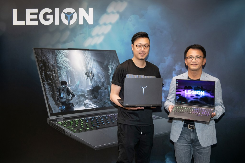 Lenovo宣布搭載AMD Ryzen-H 系列處理器的全新Legion電競筆電在台上市。右起:Lenovo台灣區總經理林祺斌、Lenovo台灣區家用業務資深經理姜哲祺