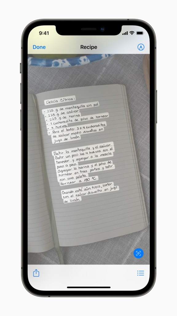 「原況文字」運用裝置端的智慧技術辨識文字,最佳化照片體驗。