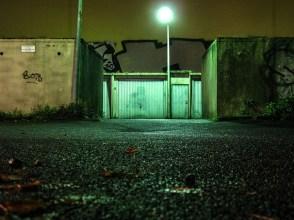 Foto, Berlin-Wedding, Garagen bei Nacht