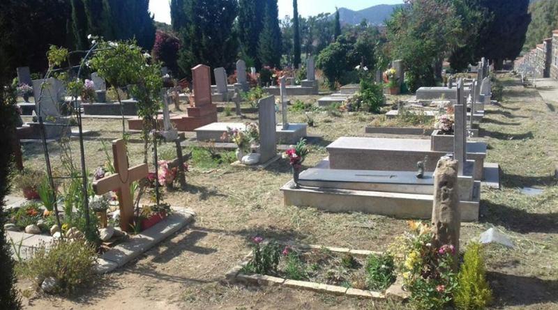 Carbonia. Esumazioni nel cimitero