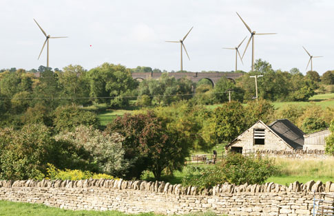 How the turbines would appear beyond the old railway viaduct, from Priory Farm, Helmdon