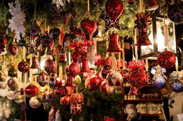 christmas-market-550323_960_720