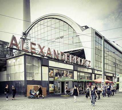 Stazione Alexander Platz