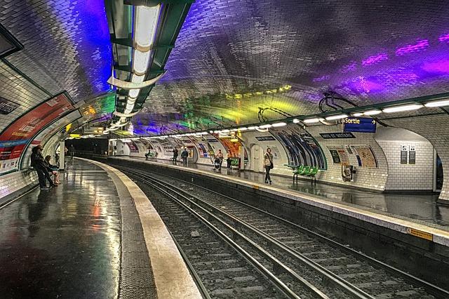 Stazione metropolitana Parigi