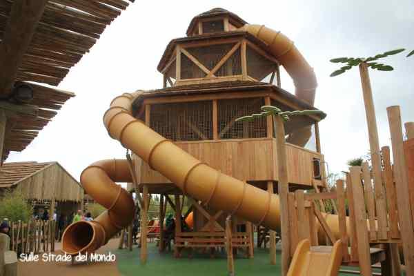 Jungle camp Rainbow Magicland