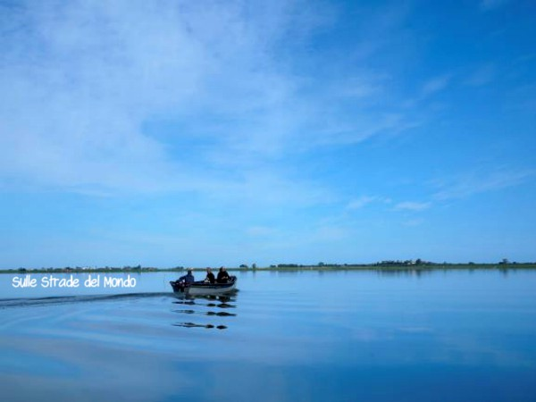 in barca sul lago di Lesina