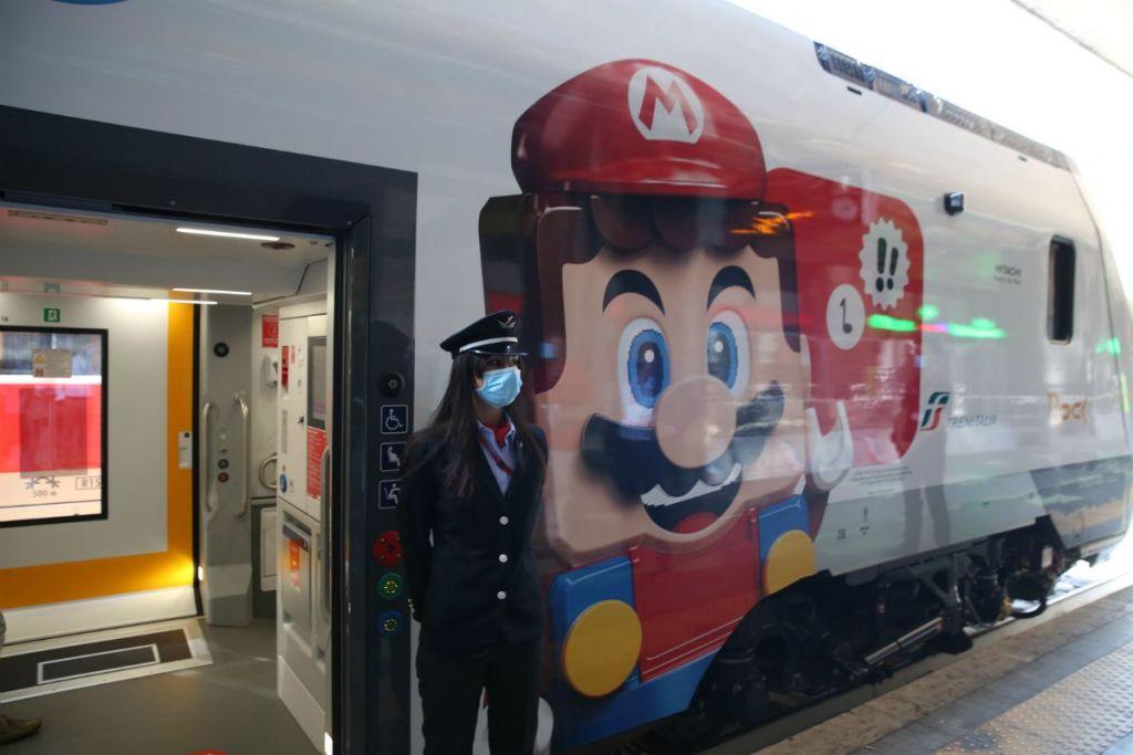 Treno Rock Lego Super Mario