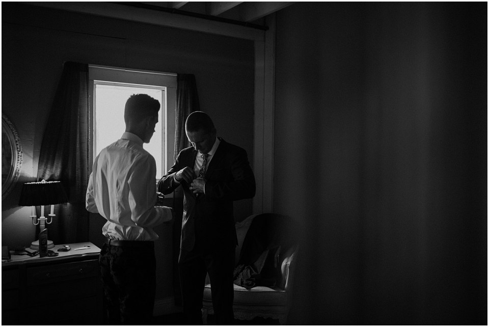 caitlin-dillon-getting-ready-his-sullivan-and-sullivan (22 of 27)_seattle wedding.jpg