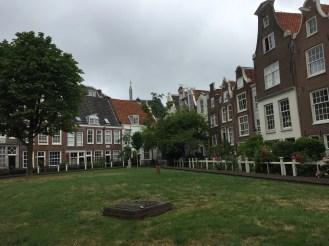 Begijnhof Gardens
