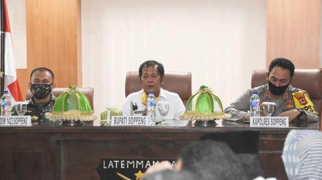 Rapat Koordinasi Penanganan Lanjutan Covid-19 yang dipimpin Bupati Soppeng HA Kaswadi Razak SE