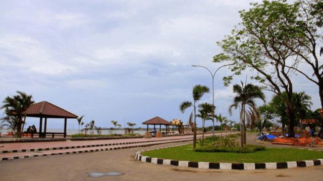 Pantai Marina Bantaeng