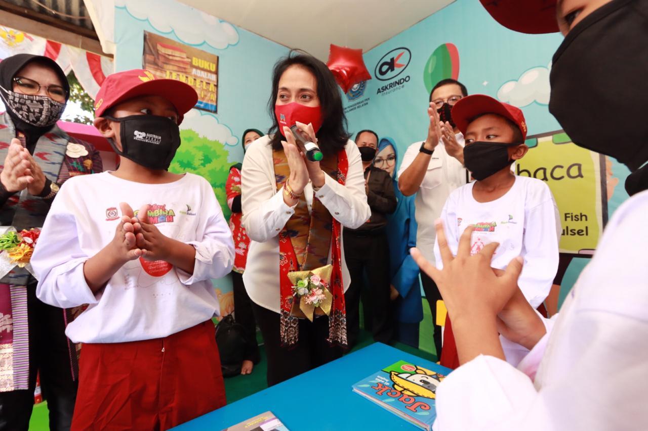 Menteri Pemberdayaan Perempuan dan Perlindungan Anak Bintang Puspayoga
