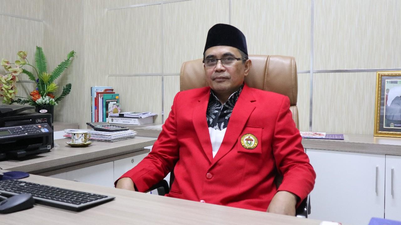Dekan FKM Unhas Aminuddin Syam
